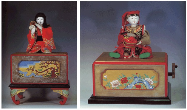 Temawashi at the Kyoto Japanese Folk Dolls Museum - Koteki Doshi (left) and Shishimai (right)